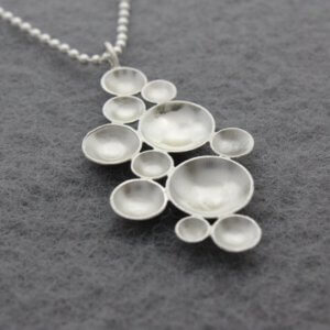 collier met bubbels in zilver